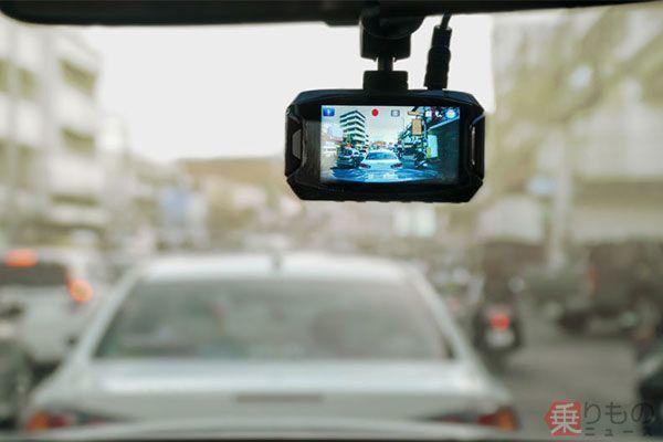 ドライブレコーダー、一気に普及か 事故報道受け需要急増 スマホアプリでもOK?