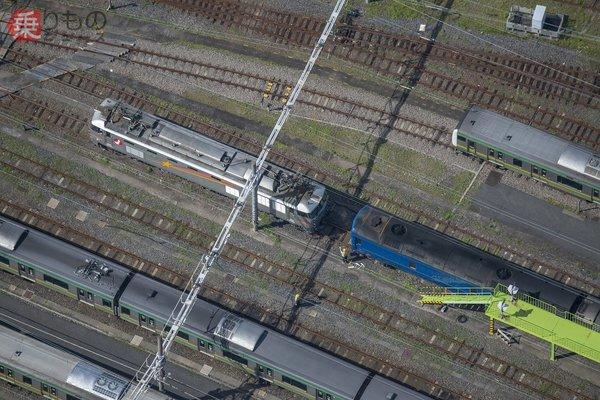 【空から撮った鉄道】寝台特急「北斗星」の推進回送 24系の開放貫通路を捉えた!