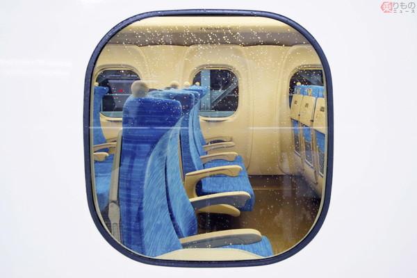 Large 200618 n700s seat 01