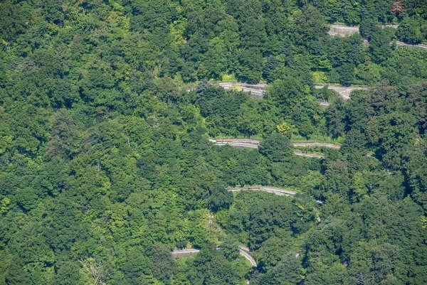 【空から撮った鉄道】世界でも類をみない18段連続スイッチバック 立山砂防工事専用軌道