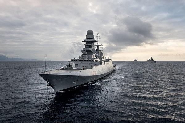 「日本の軍艦輸出しよう」…なぜ全然売れない? 性能だけでは× 鶏肉買って輸出した国も