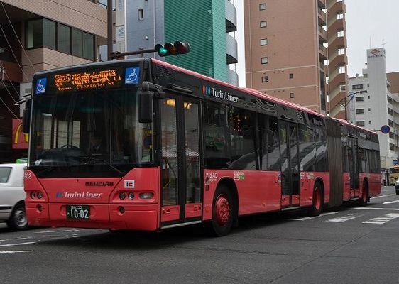 まちがいだらけの「連節バス」? | 乗りものニュース