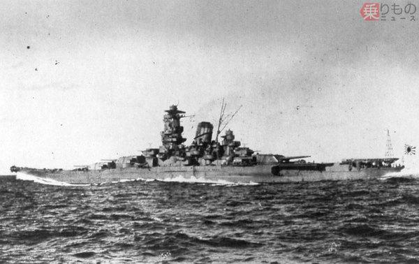 Large 4606282 s 1941年10月30日 宿毛湾沖で全力公試中の 大和  画像 アメリカ海軍