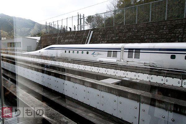 Large 150428 liner 01