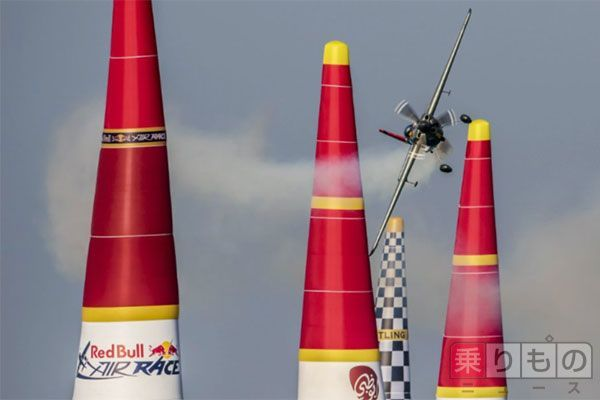 Large 150516 airrace 01