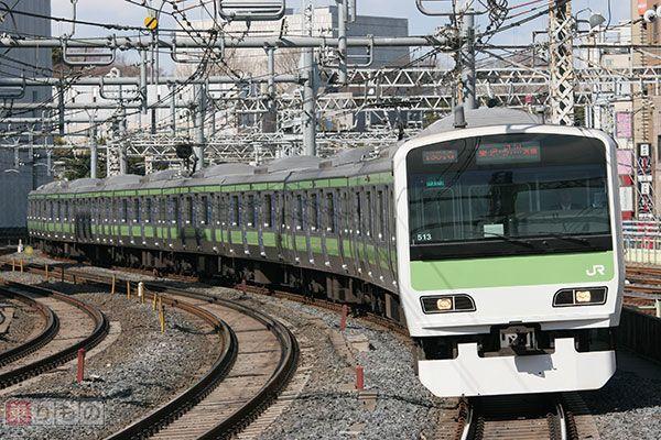 Large 160608 yamanote 02