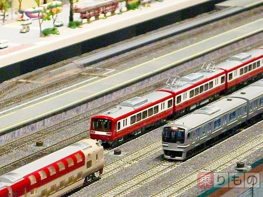 Large 160808 railwaymodels 01