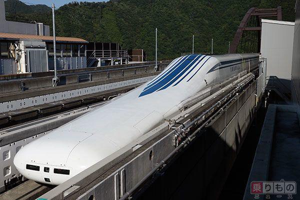 Large 161101 liner 02
