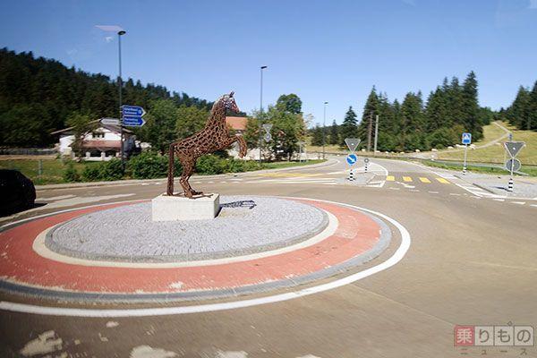 Large 170201 roundabout 03
