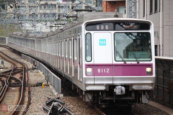 Large 170510 metrodoor 01