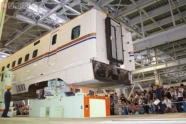 Large 170629 jrwhakusan 01