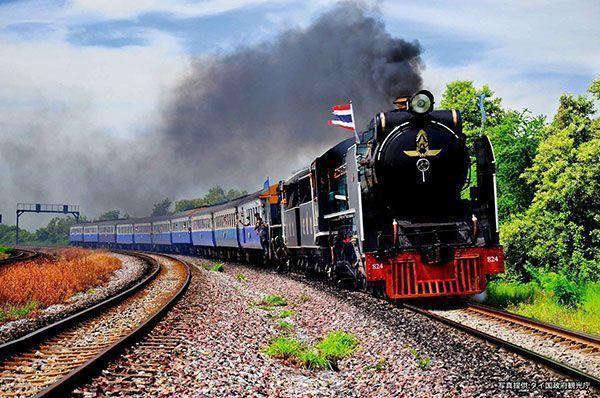 Large 171026 thairailtour 01
