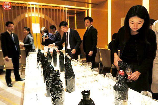 Large 171026 wine 03