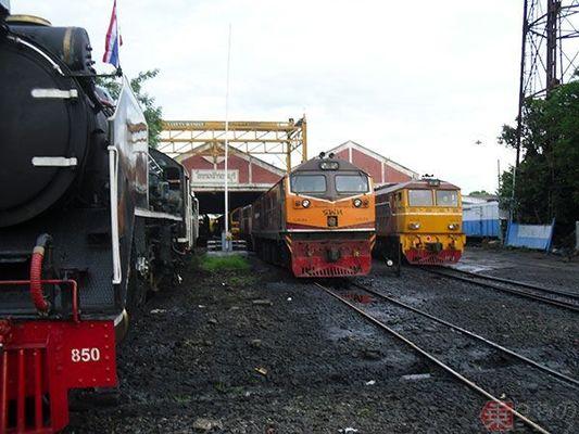 Large 171026 thairailtour 09