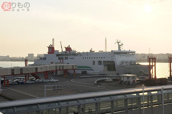 Large 180301 ferry 03
