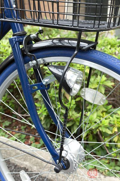 Large 180425 cycleheadlight 01