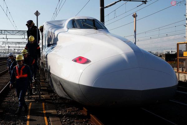 Large 180720 shinkansen 01
