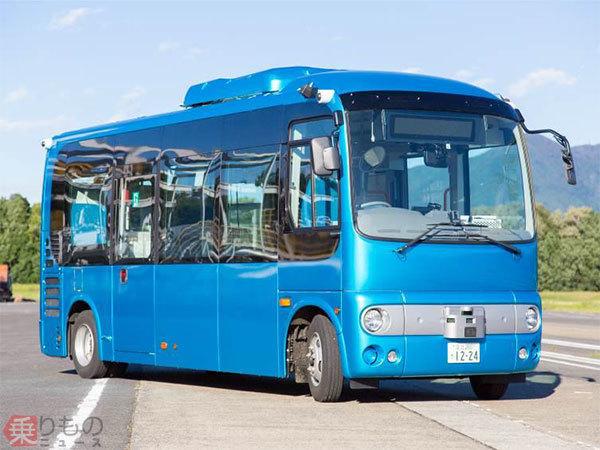 Large 180814 autobus 01