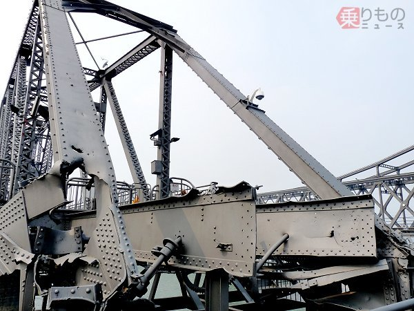 Large 180907 bridge 02