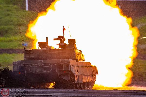Large 180906 tank 01