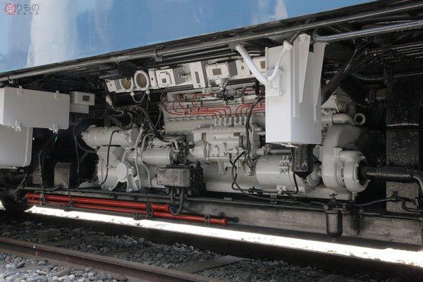 Large 181010 dieselengine 02