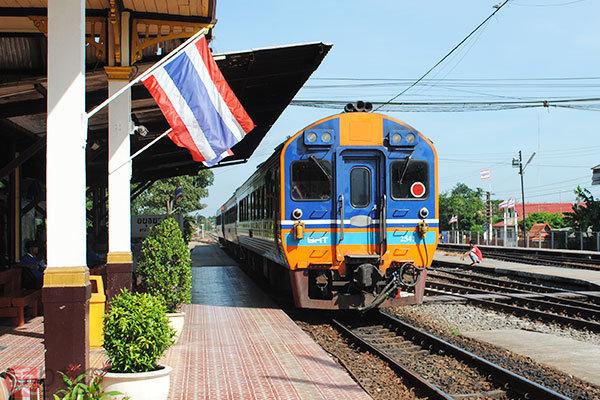 Large 181022 thairailtour 09