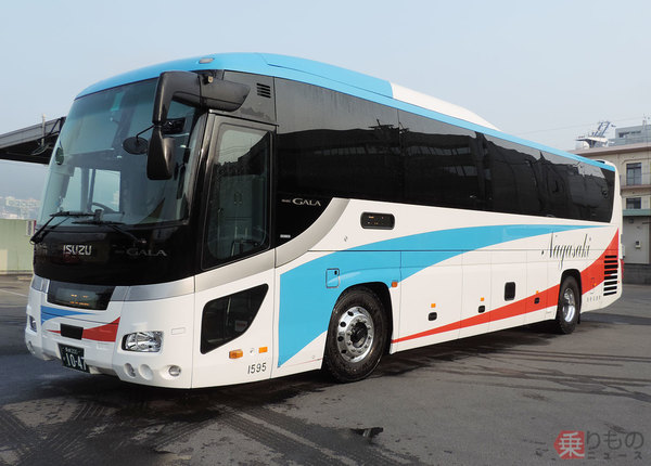 Large 181101 kyushubus 01