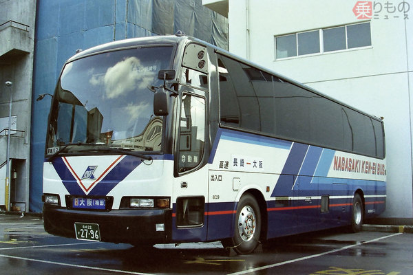 Large 181101 kyushubus 06