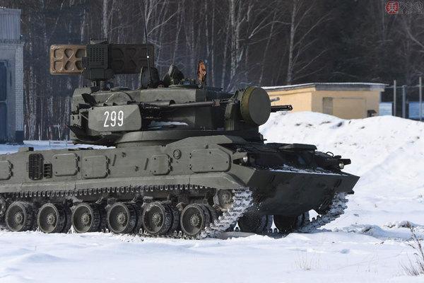 Large 181218 tank 10