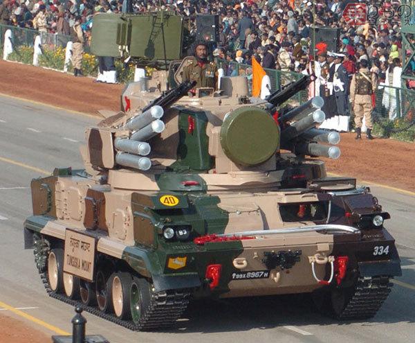 Large 181218 tank 12