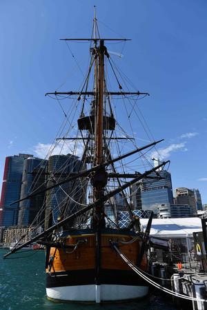 Large 190122 captaincook 01