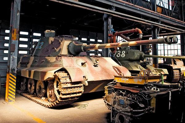 Large 190204 tank 04