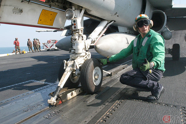 Large 200115 catapult 02