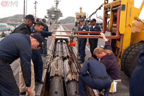 Large 200115 catapult 03