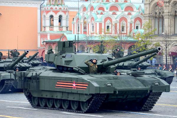 Large 200304 tank 01