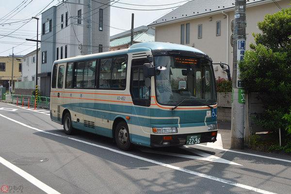 Large 200610 minibus 01