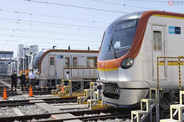 Large 200812 metro17000 01