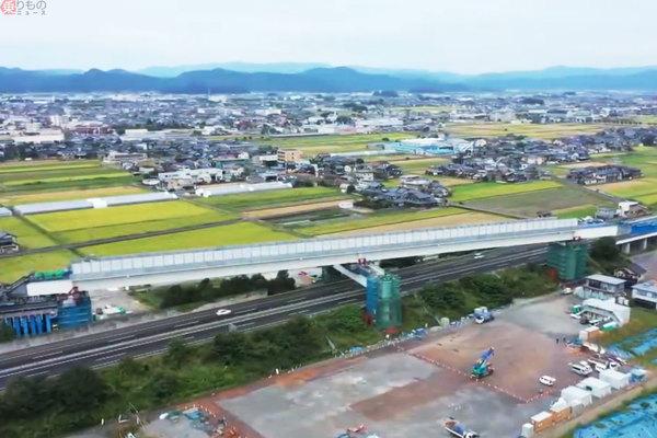 Large 201104 hokuriku 01