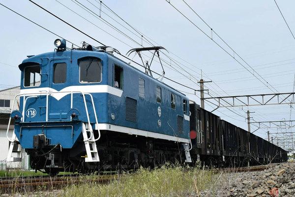 Large 201105 chichitetsudeki108 01