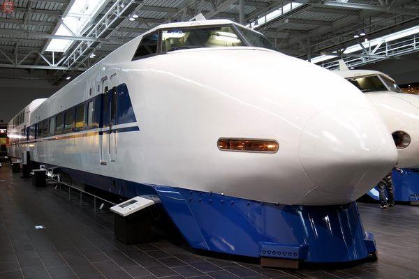 100系新幹線の「鼻」取れる! ライトも営業時と同じ照度に 「リニア ...
