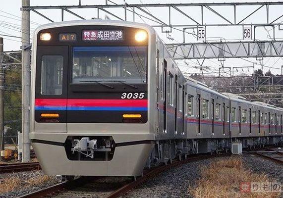 Large 210113 mdoor 01