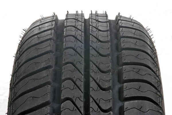 Large 210212 tire 01
