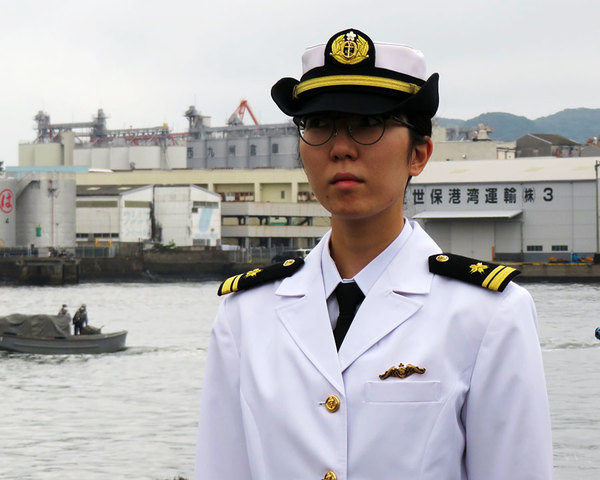 Large 210521 submariner 01