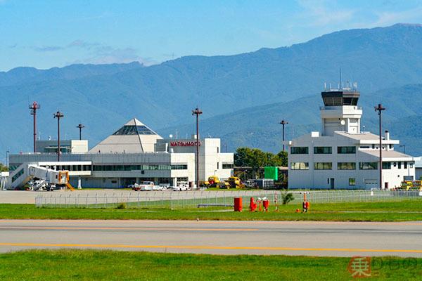 日本の「標高の高い空港」トップ5はどこ? 離陸の難易度にも深い関係あり